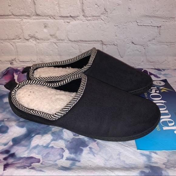 NWT Isotoner Memory Foam Black Slippers